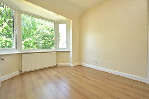 3 bedroom terraced house to rent - Conway Crescent, Perivale, UB6