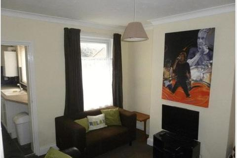 3 bedroom house to rent - Lower Hester Street, Semilong Northampton STUDENT ACCOMMODATION