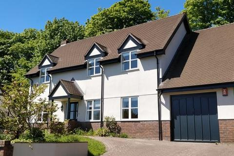 5 bedroom detached house to rent - Knights Court, Lostwithiel