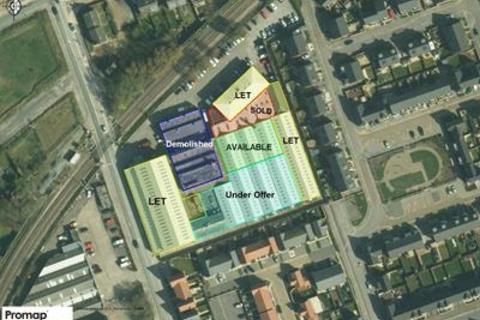 Industrial unit to rent - Trackside Park (Former Shiphams Premises), Hawthorn Avenue, Hull