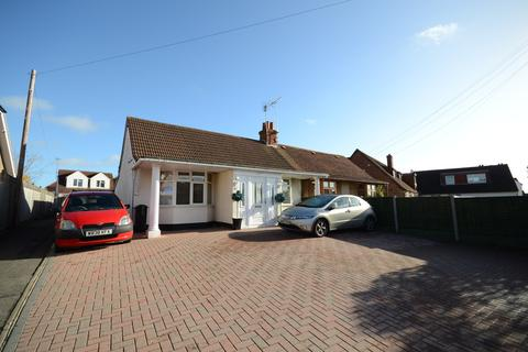 3 bedroom semi-detached house to rent - WOODLEY