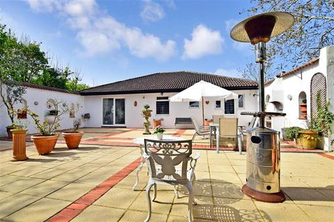4 bedroom detached house for sale - Longhill Road, Ovingdean, Brighton, East Sussex