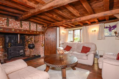 9 bedroom detached house for sale - Stone Street, Petham, Canterbury, CT4
