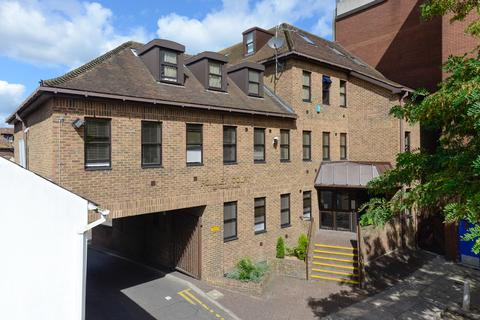 2 bedroom apartment to rent - Romney Place, Maidstone, ME15