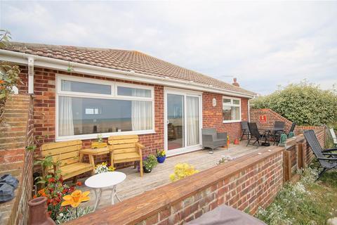2 bedroom detached bungalow to rent - West Front Road, Pagham, Bognor Regis