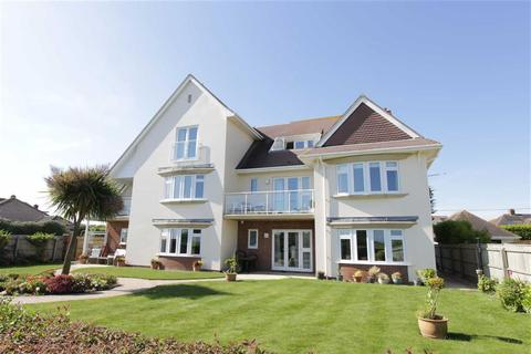 3 bedroom flat for sale - Barton on Sea, Hampshire