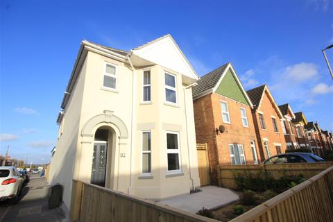 1 bedroom property to rent - Blandford Road, Poole
