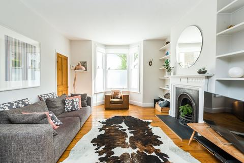 3 bedroom end of terrace house for sale - Hinton Road, Herne Hill