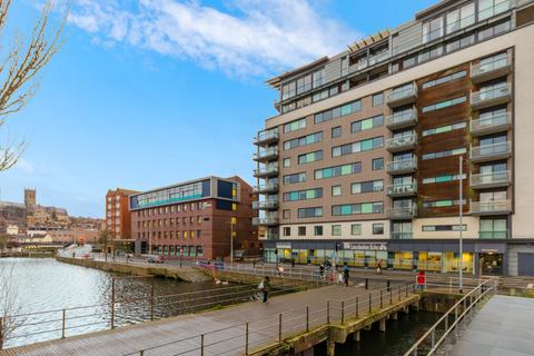 2 bedroom apartment for sale - Witham Wharf, Brayford Street