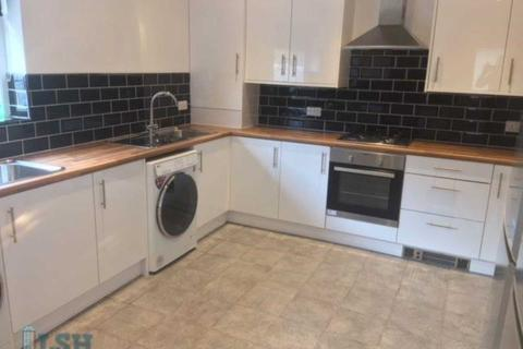 10 bedroom terraced house to rent - Halkyn Avenue, Liverpool