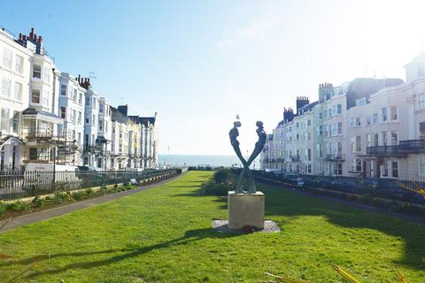 3 bedroom flat for sale - Devonshire Place, Brighton, , BN2