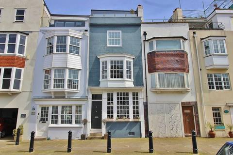 4 bedroom terraced house for sale - Bath Square, Old Portsmouth