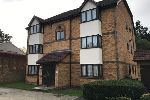 Studio - Ainsley Close, Edmonton, N9