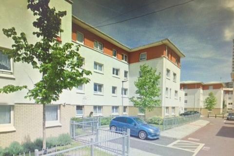 3 bedroom flat to rent - Merchant Street, London