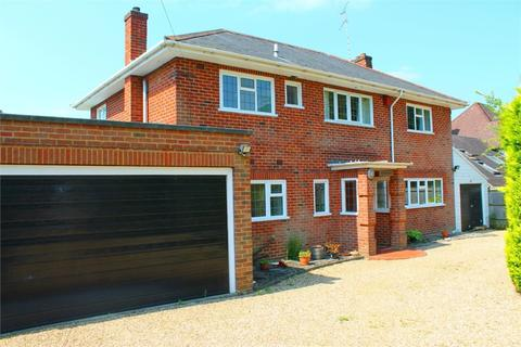 5 bedroom detached house to rent - Parkway ,Surrey GU15 2PD