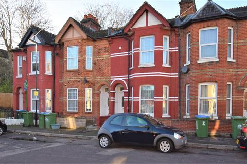 5 bedroom terraced house to rent - Thackeray Road, Southampton, SO17 2GS