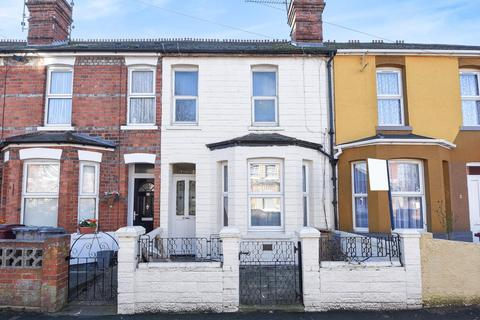 3 bedroom terraced house for sale - Prince Of Wales Avenue, Reading, RG30