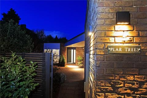 4 bedroom detached house for sale - Pembury Road, Tunbridge Wells, Kent, TN2