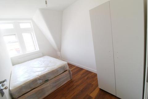 2 bedroom finca to rent - Kingsland High Street