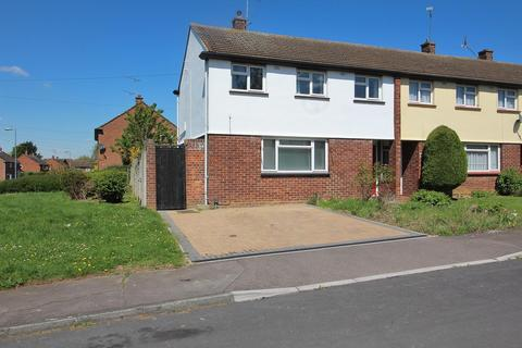 3 bedroom end of terrace house for sale - Grampian Grove, Chelmsford, Essex, CM1