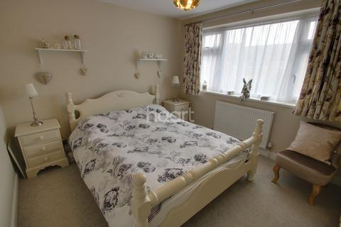 3 bedroom semi-detached house for sale - Johnson Road, Chelmsford