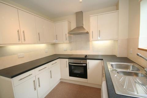 2 bedroom flat to rent - Knyveton Court, Grove Road, Burgess Hill