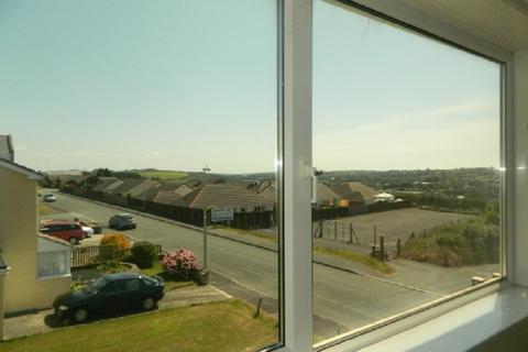 2 bedroom flat to rent - 16 Sussex Row, Llanion Park, Pembroke Dock SA72 6DF