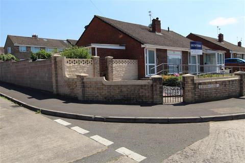 2 bedroom semi-detached bungalow for sale - Eaton Close, Stockwood, Bristol, BS14 8PR