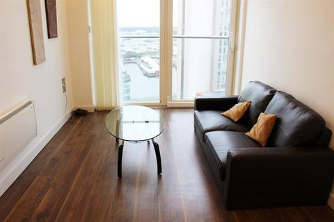 1 Media City Salford M50 2bb Bed Apartment To Rent 740 Pcm 171 Pw