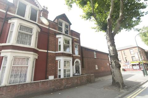 6 bedroom terraced house to rent - Castle Boulevard, Nottingham