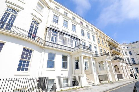 2 bedroom apartment to rent - Eastern Terrace , Brighton