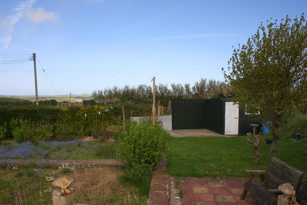 Full Length Garden