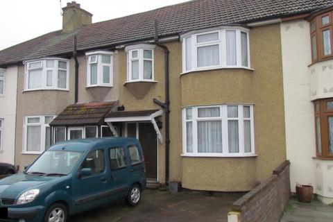 3 bedroom terraced house to rent - Southern Way, Romford