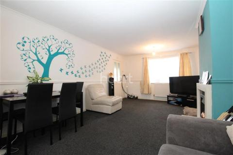 3 bedroom terraced house to rent - Sturdee Road
