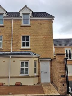 4 bedroom end of terrace house to rent - Benjamin Gooch Way, Norwich NR2