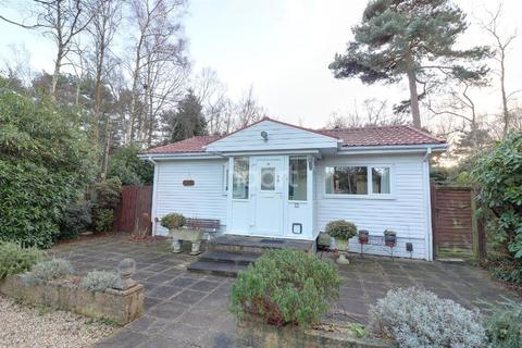 2 bedroom lodge for sale - The Plateau, Warfield