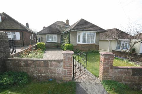 2 bedroom detached bungalow for sale - Balsdean Road, Woodingdean, Brighton BN2