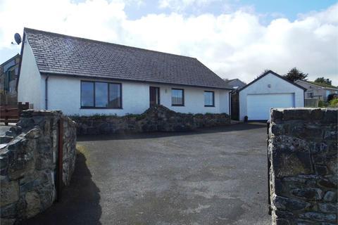 3 bedroom detached bungalow for sale - 6 Tir Treharne, Newport, Pembrokeshire