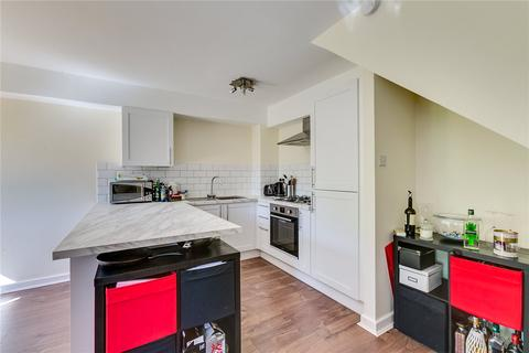 2 bedroom flat to rent - Tamarind Yard, London