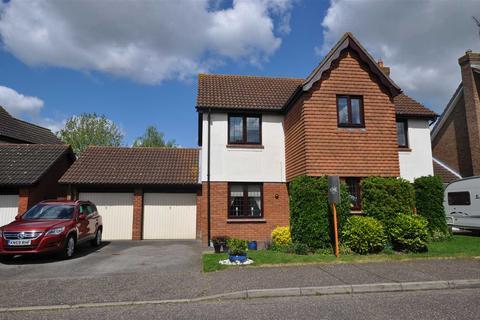 4 bedroom detached house for sale - Pollards Green, Chelmer Village