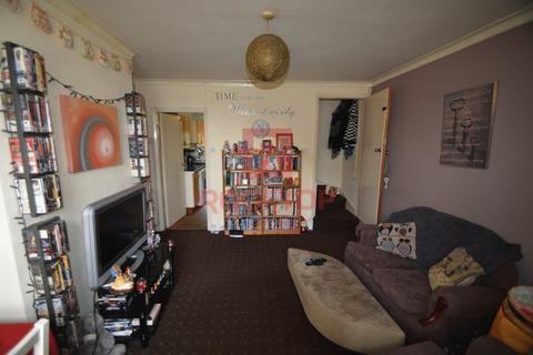 2 bedroom terraced house to rent - Manor Avenue, Leeds