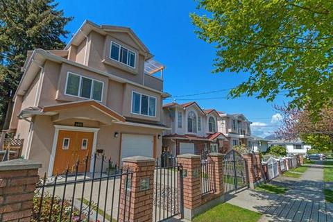 5 bedroom detached house  - 4493 Commercial Street, Vancouver East
