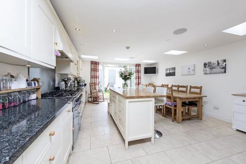 5 bedroom terraced house to rent - Buckmaster Road, SW11