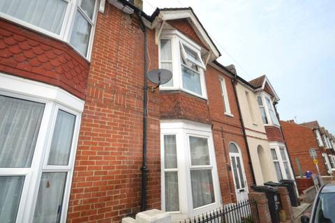 2 bedroom terraced house to rent - Melbourne Road, Eastbourne BN22
