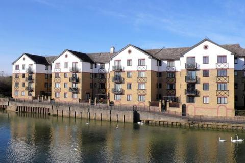 2 bedroom flat for sale - Admiral House Flat 9 Viersen Platz ,  Peterborough, PE1