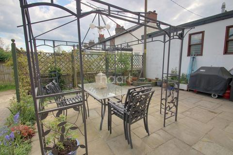 5 bedroom detached house for sale - Clobbs Yard, Broomfield