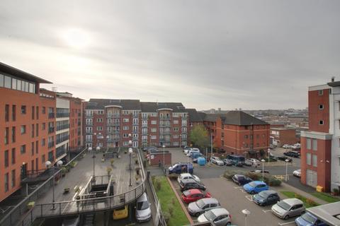 2 bedroom apartment to rent - Renaissance Court, Bradford Street, Birmingham