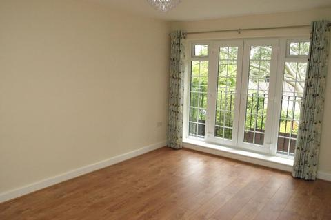 2 bedroom apartment to rent - Portsmouth Road, Camberley, GU15