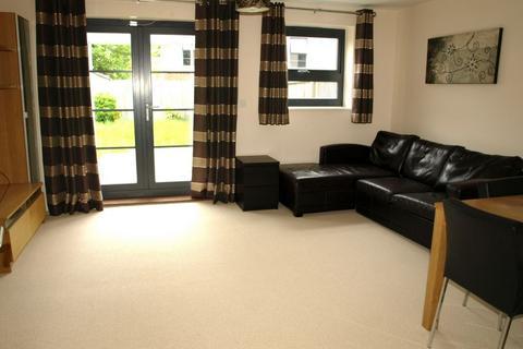 3 bedroom house to rent - Pond Road, Farnborough, GU14