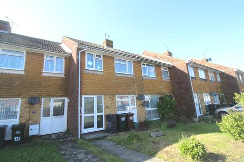 3 bedroom terraced house for sale - Southern Road, Hampden Park, Eastbourne BN22